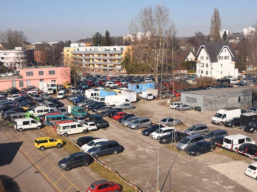 Parkplatz Autoankauf Itani Volketswil