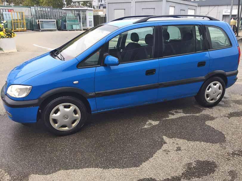Opel Zafira 2001 900fr 150000km benziner
