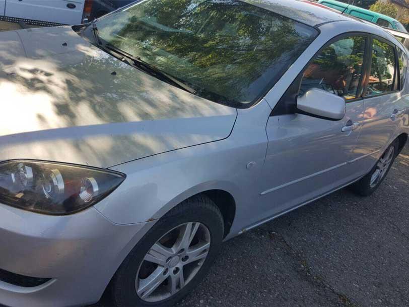 Mazda 3 Benzin 2004 Handschaltung