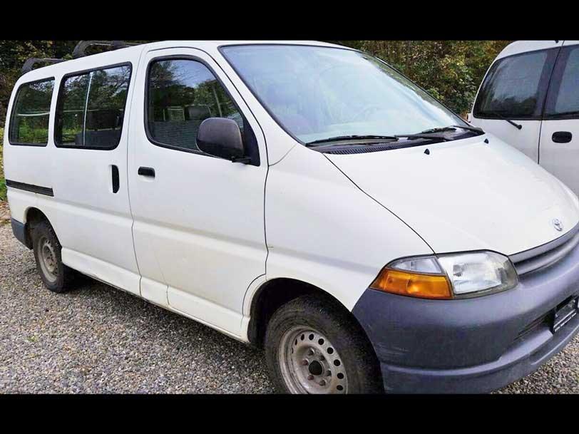 Toyota Hiace 2001 2,7L Benzin 194000km Handschaltung