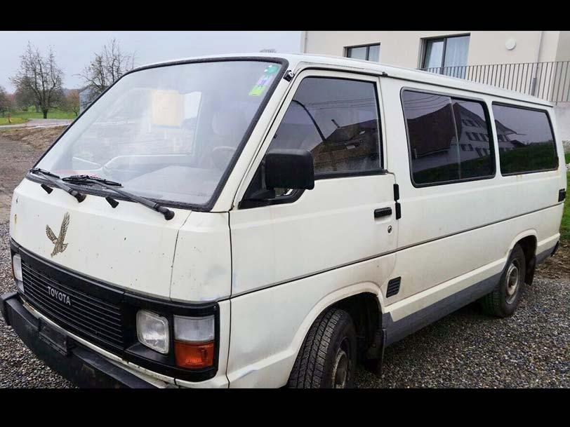 Toyota hi-ace 1986 220000km 2L manuell