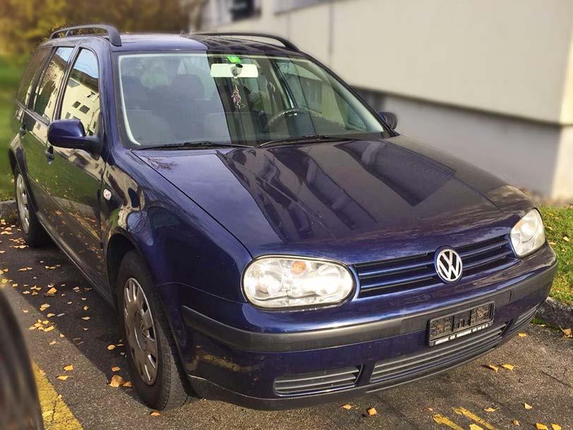 VW Golf Kombi 2001 208000km 1,6L Benzin Klima manuell