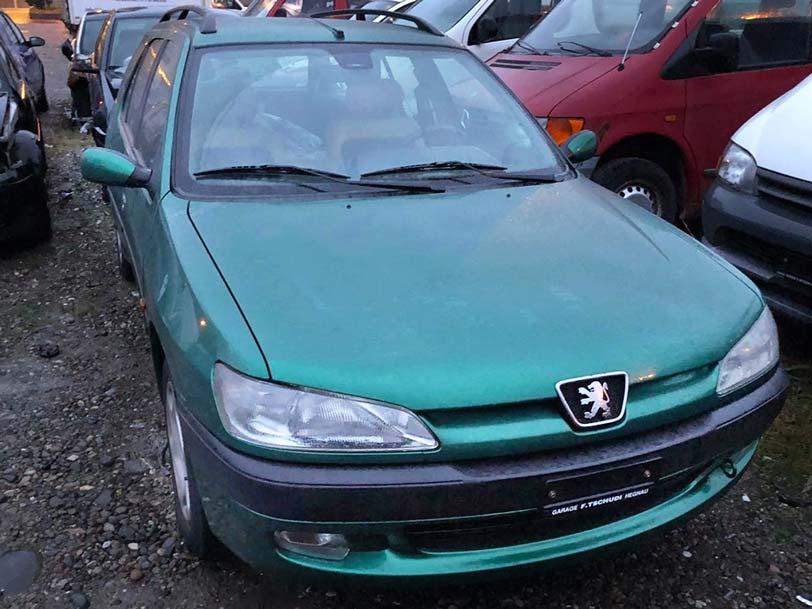 Peugeot 306 1998 Automat 1,8L Benziner 153000km Autoexport
