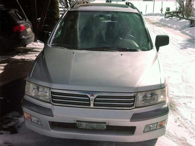 Mitsubishi Space Wagon Handschaltung 4x4 Benzin 2003 Klimaanlage