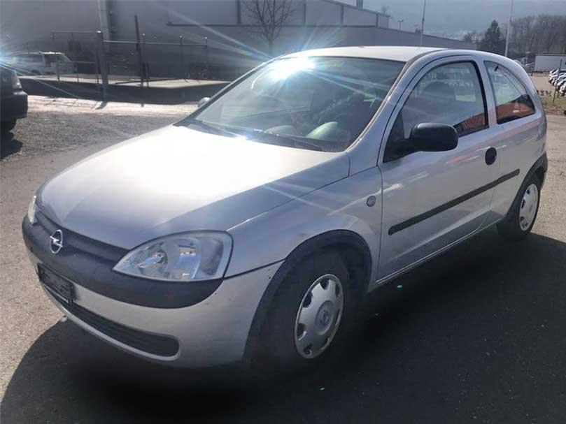 Opel Corsa 1,4L Benzin 77000km Handschaltung 2003