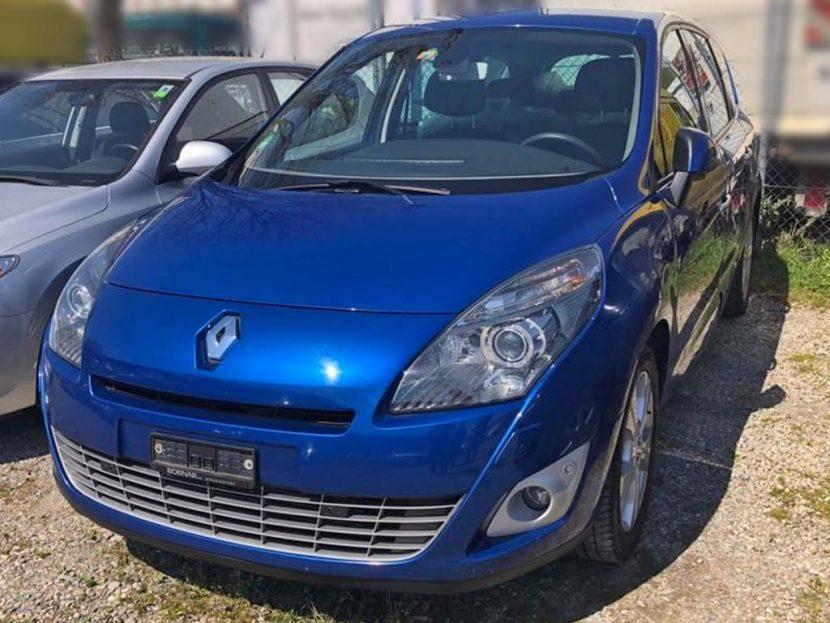 Renault Megane Scenic 2011 176000km 2L Benzin Handschaltung Klimaanlage