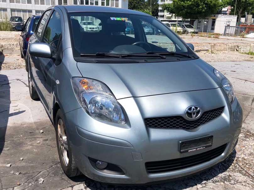 Toyota Yaris 2011 Benziner 1,3L Automat Klimaanlage 220000km