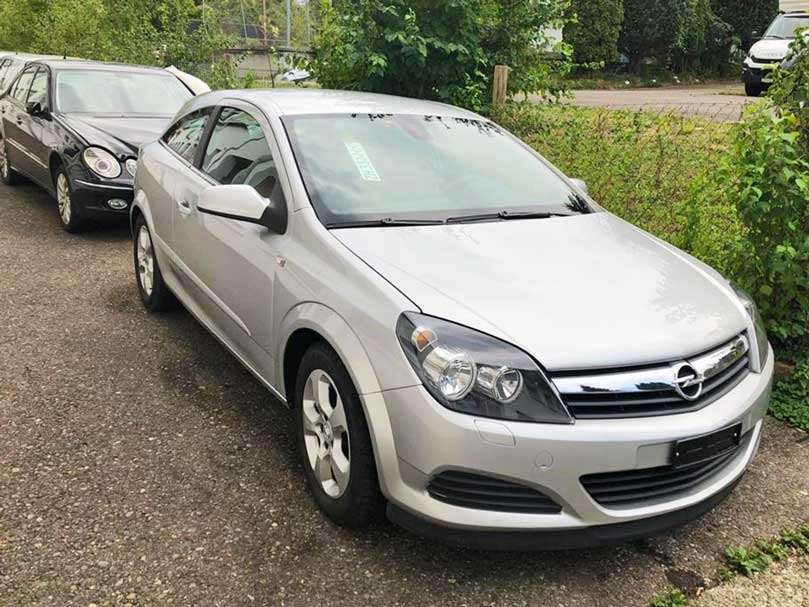 Opel Astra 2009 Coupe 47000km Benzin