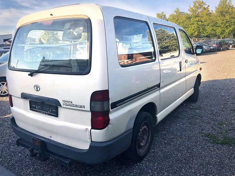 Toyota HiAce 2,7i 4x4 2001 Benziner 2,7L 230000km manuell