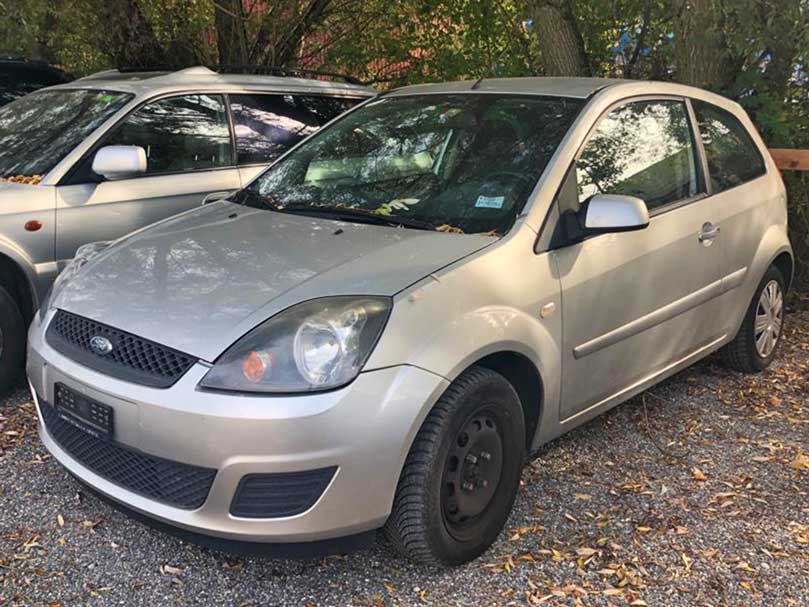 Ford Fiesta Trend 1,4L 1162kg 2005 Benziner 157000km