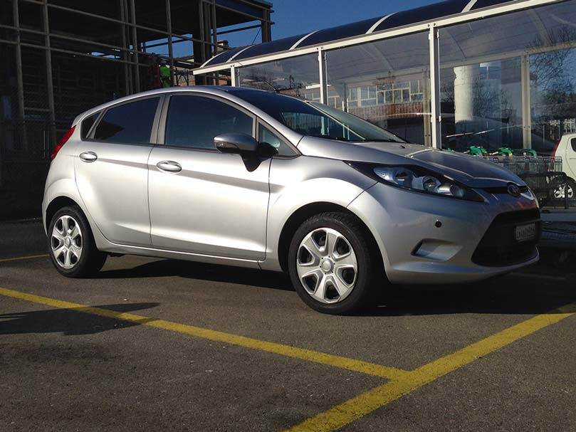 FORD Fiesta 1,4 16V Trend 2012 1388ccm 1098kg 5,7L Vorderradantrieb 96PS 93000km manuell