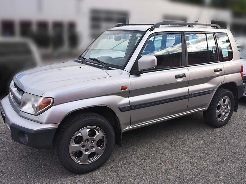 Mitsubishi Pajero GDI 4x4 2.0 2003 188000km 130PS Benziner manuell 1999ccm 1565kg 9,5L