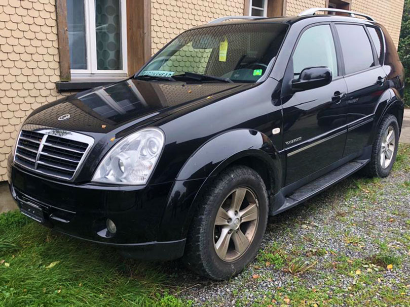 SSANG YONG Rexton RX 270 XVT Genesis Automatic 2009 Diesel 2969ccm 196PS 2174kg 110000km