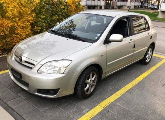 TOYOTA Corolla 1.8 TS 2004 1330kg 1796ccm 192PS 8,3L Benziner 136000km manuell Kimaanlage