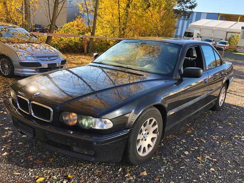 BMW 735 1999 Benziner 236000km 8Zylinder 238PS 3498ccm 1885kg Automat Hinterradantrieb 12L 136000km