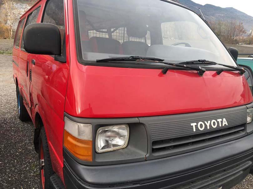 Toyota Hi-Ace Benziner 1991 H100 Kleinbus 2L 1600kg