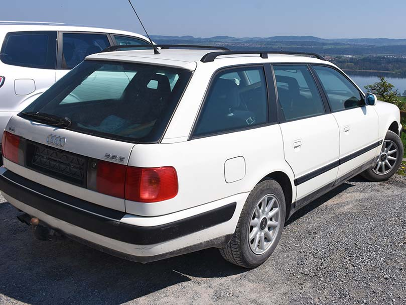 Audi 100 2,3E 136PS 1290kg 2308ccm manuell Benziner