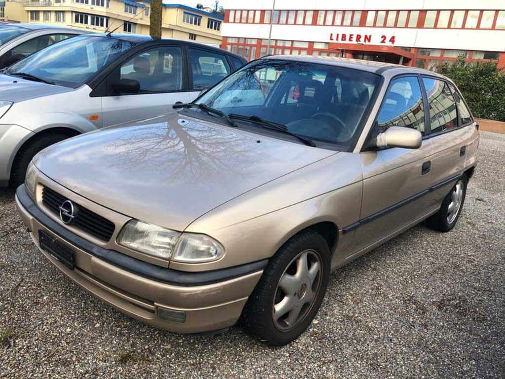OPEL Astra 1.6i 16V Comfort 1996 Automat 1,6L 101PS 1163kg 192000km