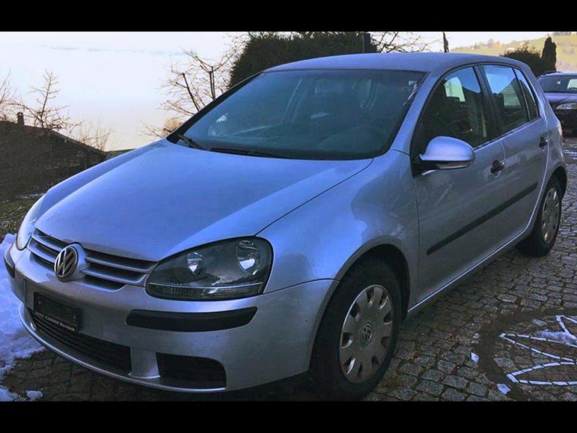 VW Golf 1.9 TDI Comfortline 2005 Diesel 1,9L manuell 124000km 105PS 1896ccm 1580kg 5,4L silbergrau