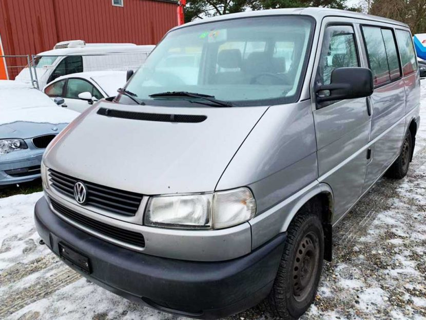 VW T4 Multivan 2.5TDI ABS 2003 Diesel manuell 149000km 88PS 2461ccm 2100kg 8,8L