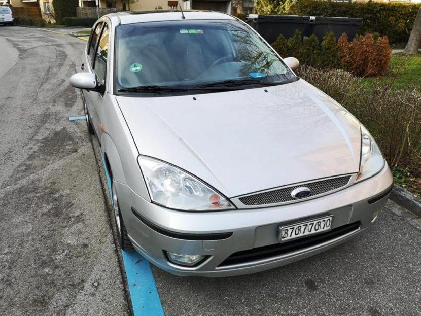 FORD Focus 2.0i 16V Ghia Benziner manuell 2002 241000km 131PS 1988ccm 1330kg 9,6L
