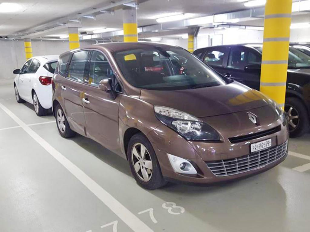 RENAULT Scenic 2.0 16V Privilege X-Tronic CVT Minivan 2012 Diesel Automat 139000km 140PS 1997ccm 1500kg 8,1L