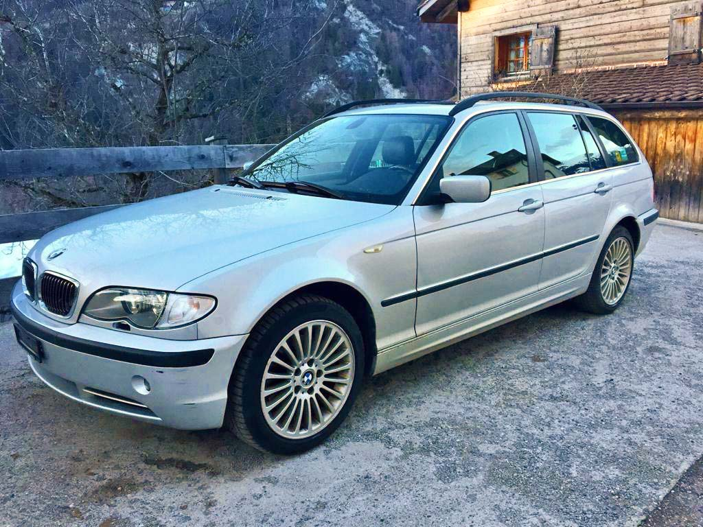 BMW 320 Touring Kombi 2003 manuell Benziner 233000km 150PS 1998ccm Hinterradantrieb Silber 1600kg 7,4L