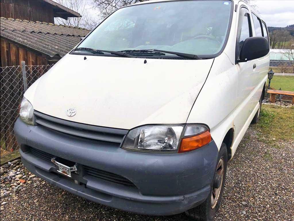 TOYOTA Hiace 2,4TD Van LWB 4x4 1998 Diesel 90PS 2020kg 2446ccm manuell 224000km weiss 10L