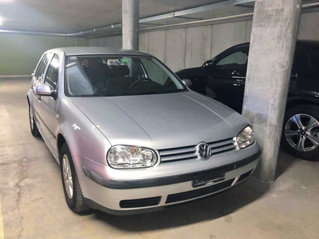 VW Golf 1,6 Comfortline Automatic 2002 Benziner 154000km 100PS 1595ccm 1440kg 7,8L Silber