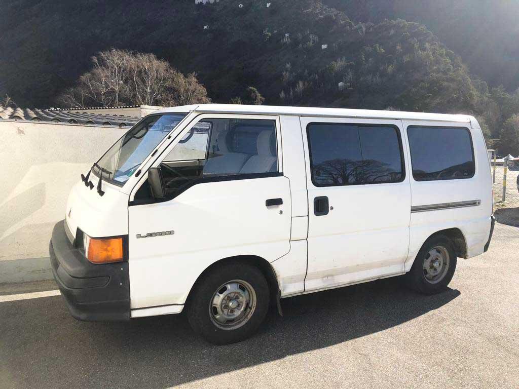 MITSUBISHI L 300 L 4x4 1998 Benziner manuell 87Ps 2477ccm 219000km 1786kg 10L