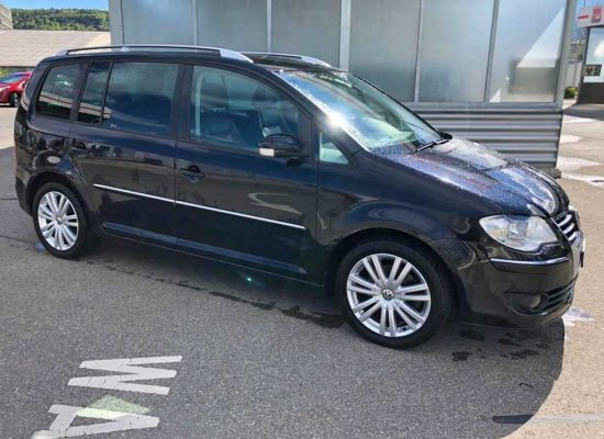 VW Touran 2,0 TDI Highline Kompaktvan 2007 Diesel Automat 170PS 1968ccm 1838kg 149000km