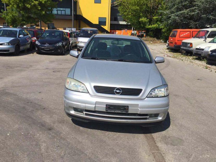 OPEL Astra 1,8i 16V Comfort Limousine 2001 Benziner Automat 214000km 125PS 1796ccm 2134kg 8L