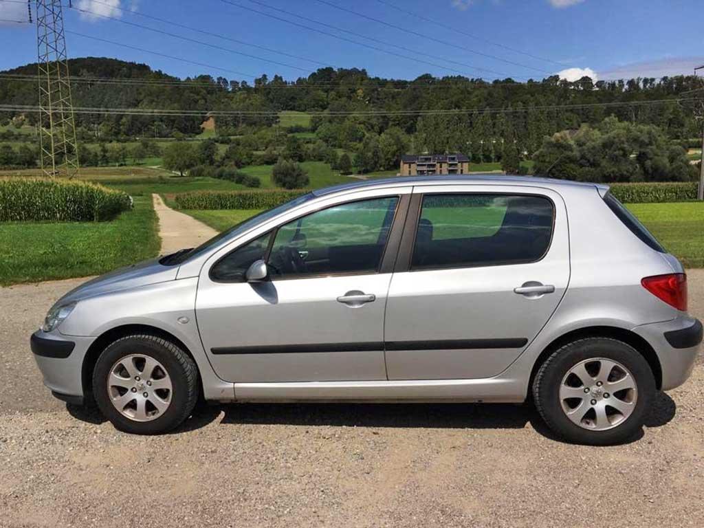 PEUGEOT 307 1,6 16V XS Benziner 2006 manuell 183000km 1587ccm 110PS 1280kg 6,4L