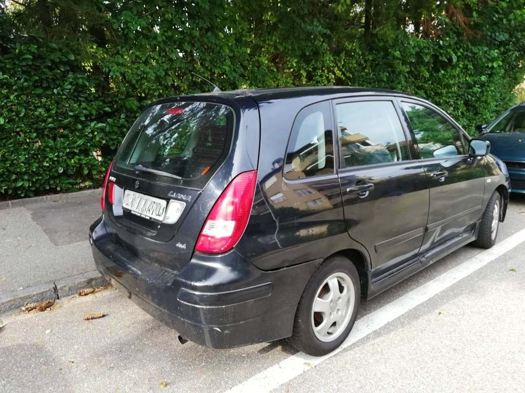 SUZUKI Liana 1,6 16V GL Top 4WD Kombi 4x4 2001 Benziner manuell 106PS 1586ccm 1335kg Allrad 172000km