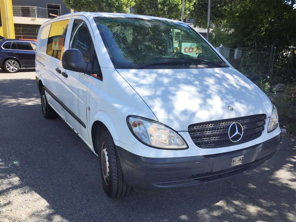 MERCEDES-BENZ Vito 115 CDI 150PS 2006 Diesel manuell 256000km 2148ccm 2340kg 9,4L weiss