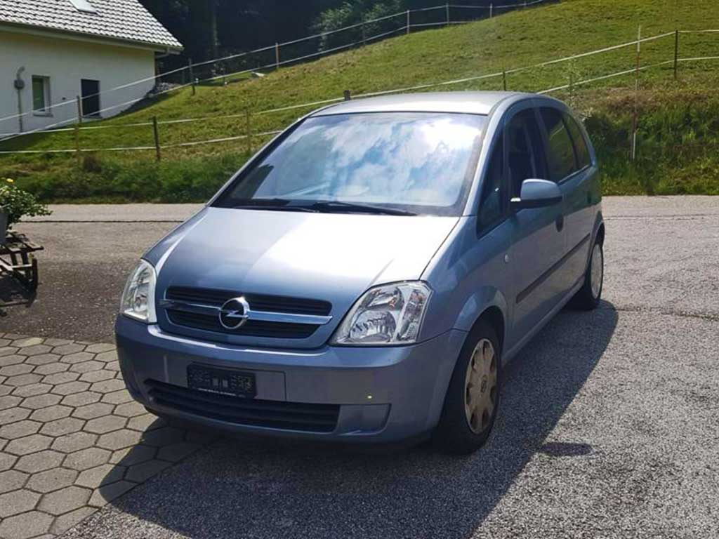 OPEL Meriva 1,6i 16V Cosmo Kompaktvan Minivan 2005 Benziner Automat 185000km 101PS 1598ccm 1376kg 7,6L