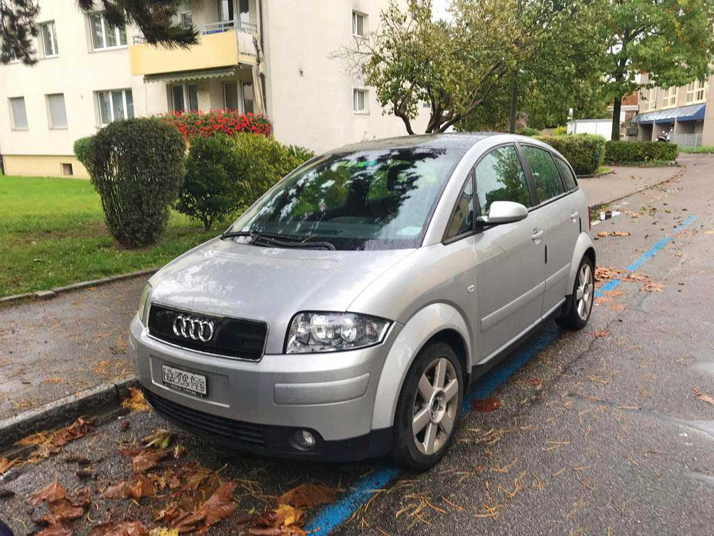 AUDI A2 1,6 FSI Kompaktlimousine Benziner 2007 manuell 191000km 1224kg 110PS 1598ccm 6L