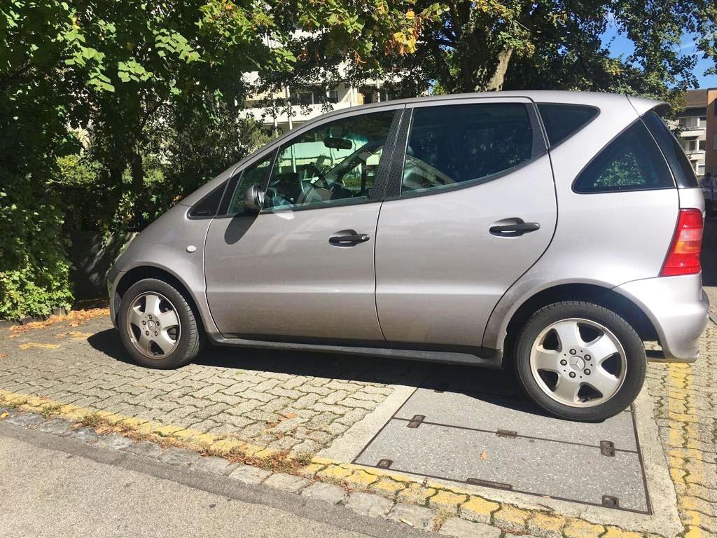 MERCEDES-BENZ A 160 Avantgarde Benziner 2001 Automat 216000km 1598ccm 102PS 1140kg 7,5L
