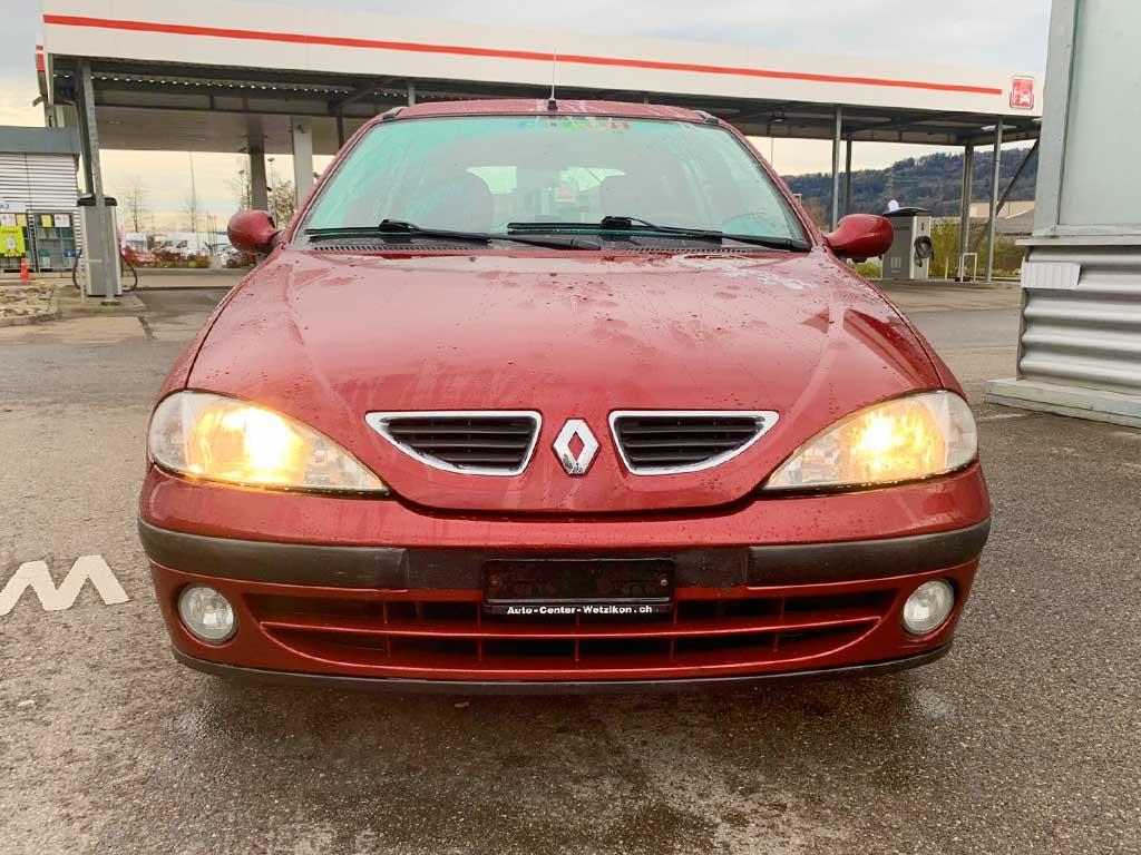 RENAULT Megane Break 1,6 16V RSi Kombi 2002 Benziner Automat Kombi Bordeaux-Rot 220000km 108PS 1598ccm 1RA329 Front