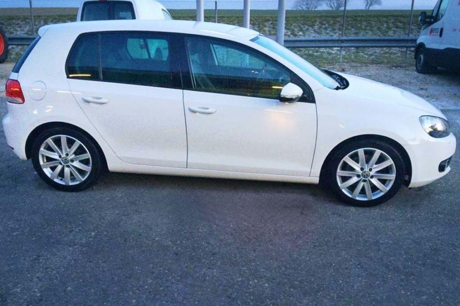 VW Golf 1,4 TSI Trendline Limousine 2010 Benziner manuell 129000km 1315kg 122PS 1390ccm
