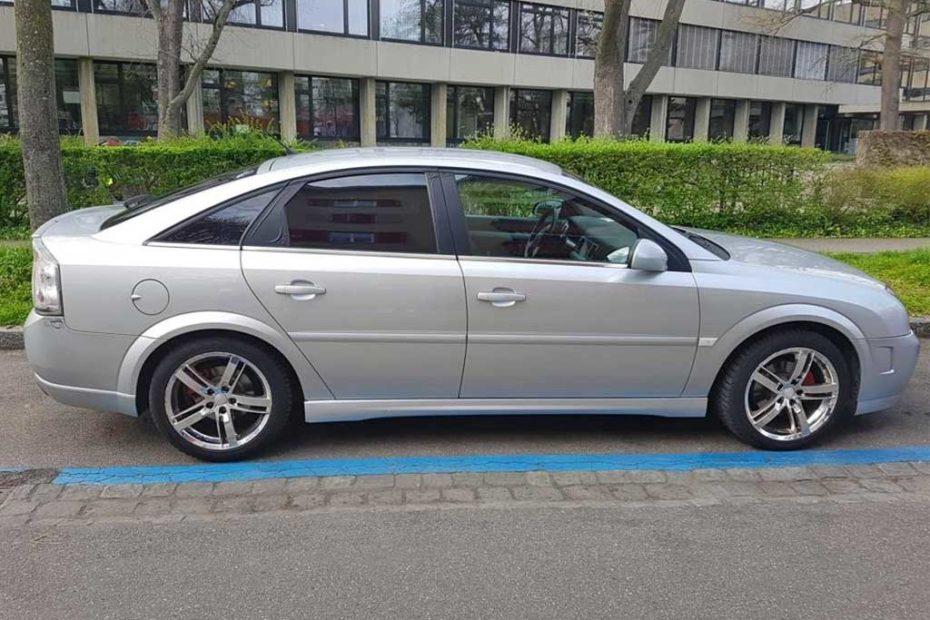 OPEL Vectra GTS 2,2 Elegance Limousine 2005 Benziner Automat 179000km 155PS 2198ccm 1480kg