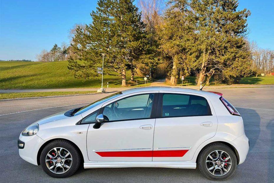 FIAT Punto 1.4 16V T Sport Kleinwagen manuell 130000km 2012 135PS 1368ccm 1240kg