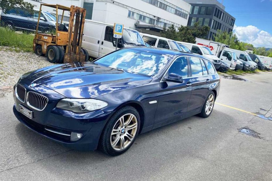 BMW 530d Touring Steptronic 2011 Diesel Automat Kombi 192000km 258PS 2993ccm 1895kg 6Zylinder