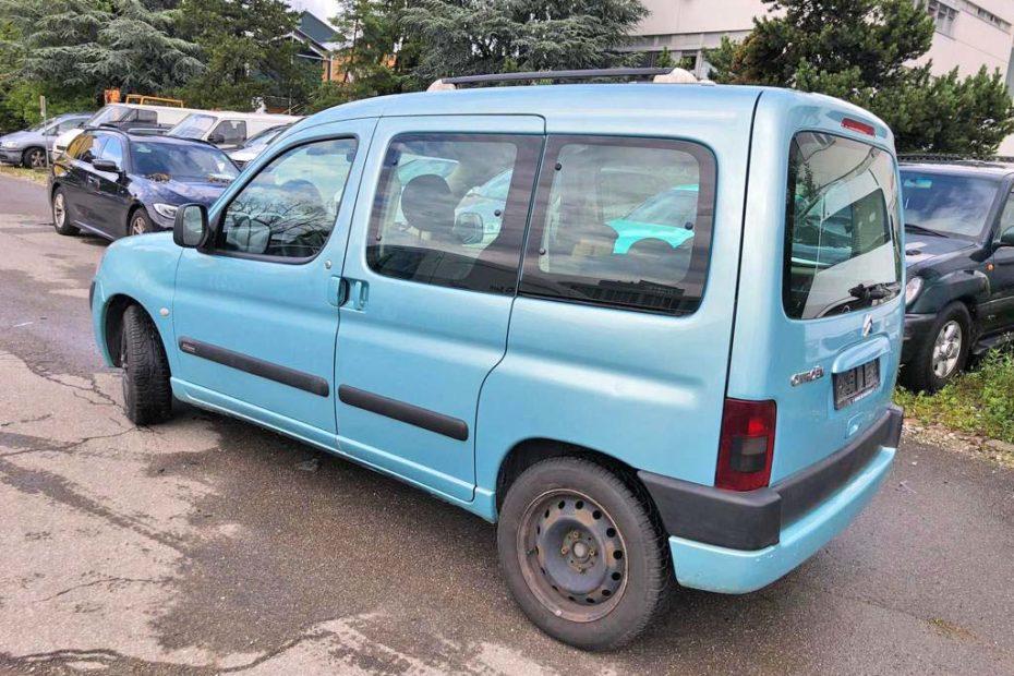 CITROEN Berlingo 1.4 X Familiale Kompaktvan 2006 Benziner 1390kg 75PS 1360ccm 184000km