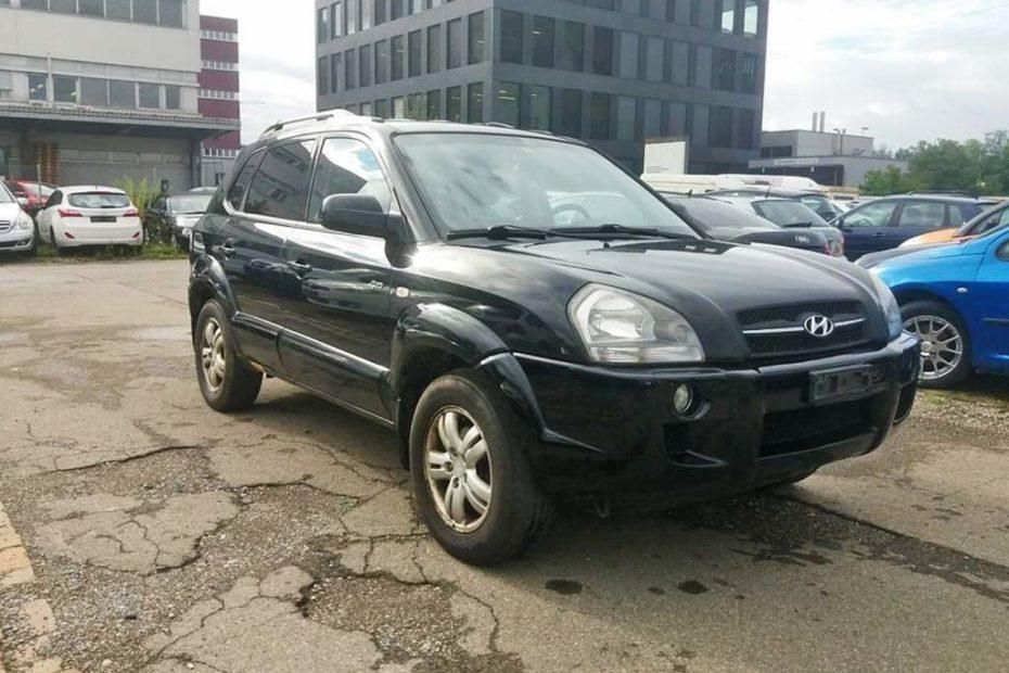 Hyundai Tucson 2,0L 2007 Benziner 140PS Allrad 1991ccm 162000km 1840kg schwarz