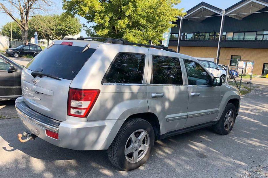 JEEP Grand Cherokee 3.0 CRD Limited Automatic SUV Gelaendewagen 2006 Diesel 218PS 2987ccm Allrad 6Zylinder 2310kg 203456km Heck aussen