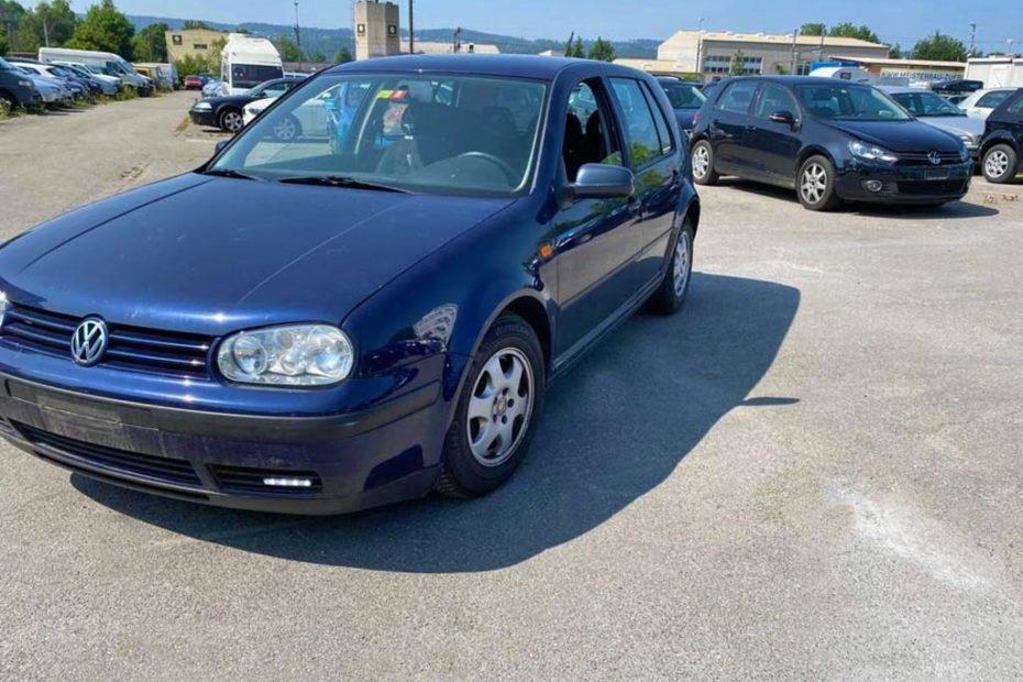 VW Golf 1.6 16V Comfortline Kompaktlimousine 2002 1,6L Benziner manuell 105PS 1598 1430 kg 1VD135